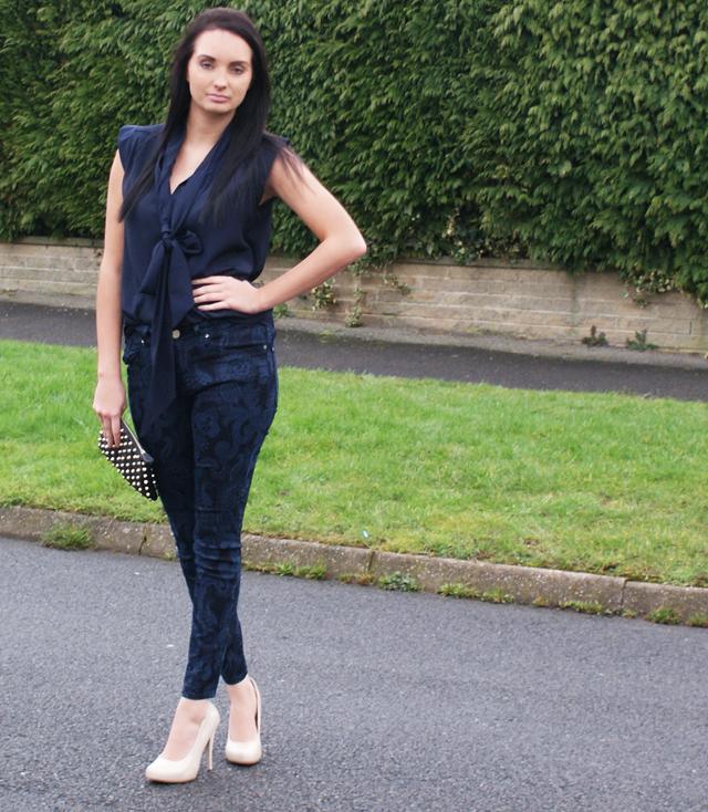 Steph Turton Monday Blues Outfit Zara paisley jeans
